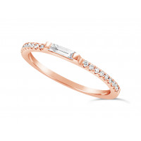 18ct Rose Gold 1.3mm Narrow Undercut Set Wedding Band, Set With An Oblong Diamond Baguette In The Middle & 9 Round Diamonds On Each Side. Total Diamond Weight 0.34ct