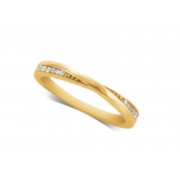 Ladies 9ct Gold Diamond Set Shaped Wedding Ring
