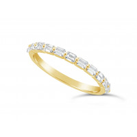 Fine Quality 18ct Yellow Gold Unique Narrow Emerald Cut Wedding Band Set With 11 Diamonds, Total Diamond Weight 0.60ct