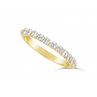 Fine Quality 18ct Yellow Gold Unique Narrow Asscher Cut Wedding Band Set With 13 Diamonds, Total Diamond Weight 0.75ct