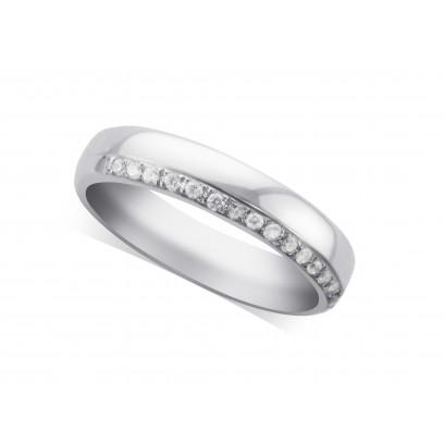Platinum Wedding Rings.Ladies Platinum Diamond Set Wedding Ring
