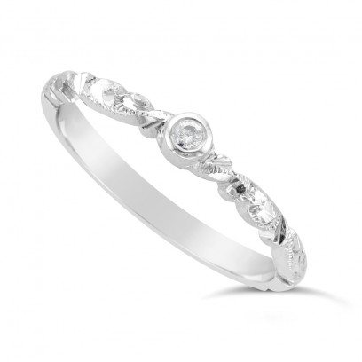 Ladies 18ct Gold Hand Engraved Diamond Set Wedding Ring