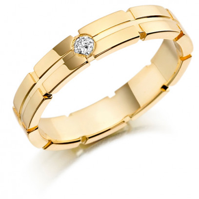 9ct Yellow Gold Gents 5mm Wedding Ring with Centre Groove and Set with 7pt Round Diamond