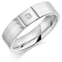 18ct White Gold Gents 6mm Wedding Ring with 2 Parallel Grooves and Set with 4pt Princess Cut Diamond in a Square