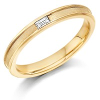 9ct Yellow Gold Ladies 3mm Wedding Ring with Centre Groove and Channel Set with 6pt Baguette Diamond