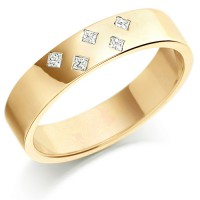 9ct Yellow Gold Ladies 4mm Wedding Ring Set with 5 Princess Cut Diamonds in a Diamond Pattern, Total Weight 7pts