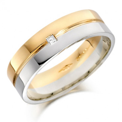 18ct Yellow and White Gold Gents 6mm Wedding Ring with Grooved Centre and Set with a Single 3pt Princess Cut Diamond