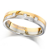 9ct Yellow and White Gold Ladies 4mm Wedding Ring with Grooved Centre and Set with 3 Princess Cut Diamonds, Total Weight 7pts