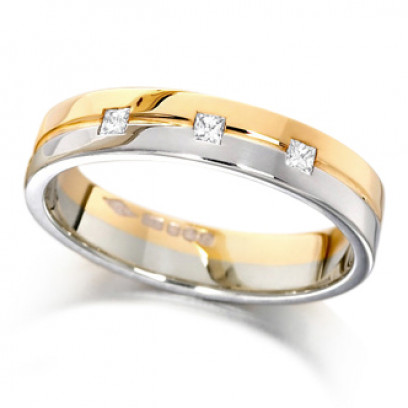 18ct Yellow and White Gold Ladies 4mm Wedding Ring with Grooved Centre and Set with 3 Princess Cut Diamonds, Total Weight 7pts