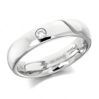 18ct White Gold Ladies Plain 4mm Wedding Ring Set with Single 5pt Diamond