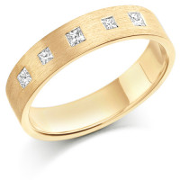 9ct Yellow Gold Ladies 4mm Wedding Ring Set with 5 Princess Cut Diamonds, Total Weight 15pts