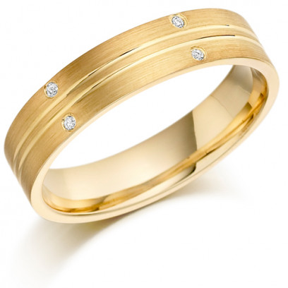 18ct Yellow Gold Gents 5mm Wedding Ring with 2 Parallell Grooves and Set with 3pts of Diamonds