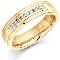 18ct Yellow Gold Ladies 5mm Wedding Ring with 10 Channel Set Diamonds and Grooved Edges Set with 15pts of Diamonds