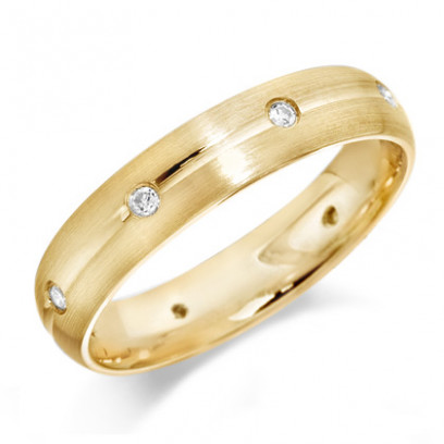 9ct Yellow Gold Gents 5mm Wedding Ring with Centre Groove and Diamonds Evenly Spaced All Around, Set with a Total of 16pts of Diamonds