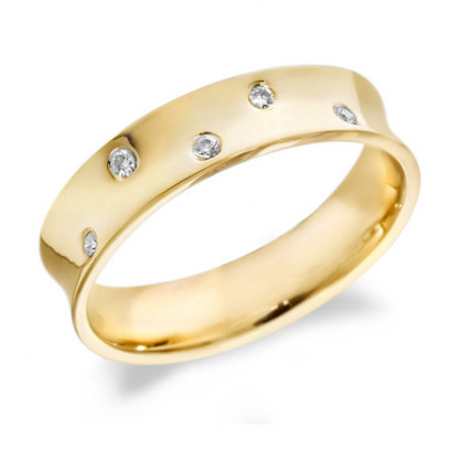 9ct Yellow Gold Gents 5mm Concave Wedding Ring Set with 5 Alternate Set Diamonds, Total Weight 10pts