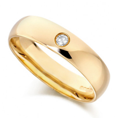 9ct Yellow Gold Gents Plain 5mm Wedding Ring Set with Single 5pt Diamond