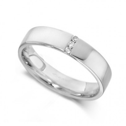 9ct White Gold Ladies 4mm Wedding Ring with 3 Channel Set Diamonds, Total Weight 3pts