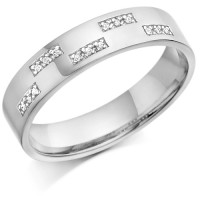 18ct White Gold Gents 5mm Wedding Ring Set with 7.5pts of Diamonds in Rectangular Pattern