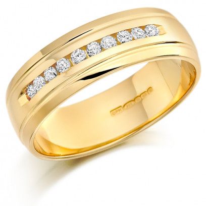 9ct Yellow Gold Gents 7mm Wedding Ring with 10 Channel Set Diamonds and Grooved Edges Set with 0.30ct of Diamonds