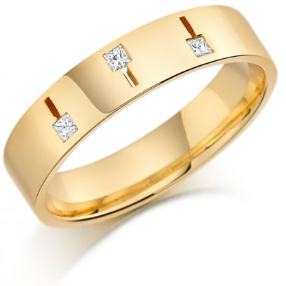 9ct Yellow Gold Gents 5mm Wedding Ring Set with 3 Princess Cut  Diamonds Weighing a Total of 11pts