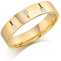 18ct Yellow Gold Gents 5mm Wedding Ring Set with 3 Princess Cut  Diamonds Weighing a Total of 11pts