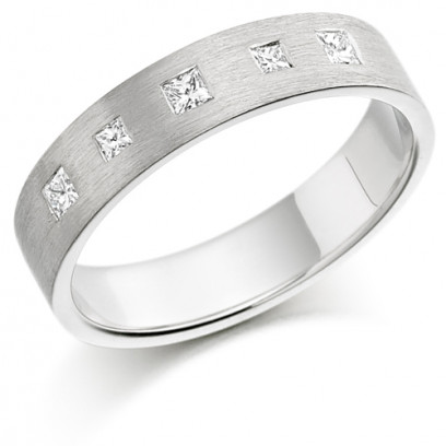 9ct White Gold Ladies 4mm Wedding Ring Set with 5 Princess Cut Diamonds, Total Weight 15pts