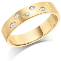18ct Yellow Gold Ladies 4mm Wedding Ring Set with 5 Marquise Diamonds, Total Weight 10pts