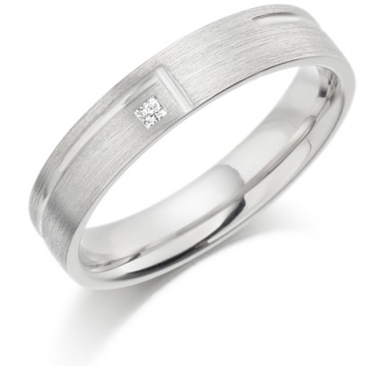 9ct White Gold Ladies 4mm Wedding Ring with L-Shape Groove and Set with 2pt Princess Cut Diamond