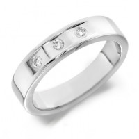 18ct White Gold Gents 5mm Wedding Ring with 3 Flat Cuts and a Diamond Set in Each, Total Weight 9pts