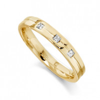 9ct Yellow Gold Ladies 3mm Wedding Ring with Centre Groove and Set with 3 Princess Cut Diamonds, Total Weight 7pts