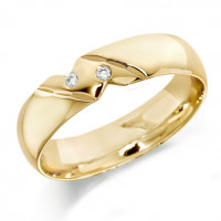 18ct Yellow Gold Gents 6mm Wedding Ring with Diagonal Pattern and Set with 2 Diamonds, Total Weight 4pts