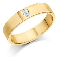 9ct Yellow Gold Ladies 4mm Wedding Ring Set with Single Pear Shape Diamond, Weighing 8pts