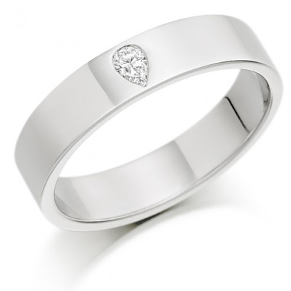 9ct White Gold Ladies 4mm Wedding Ring Set with Single Pear Shape Diamond, Weighing 8pts