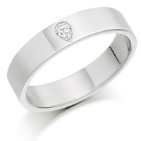 18ct White Gold Ladies 4mm Wedding Ring Set with Single Pear Shape Diamond, Weighing 8pts
