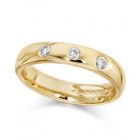 9ct Yellow Gold Ladies 4mm Wedding Ring Set with 3 Diamonds, Total Weight 0.15ct