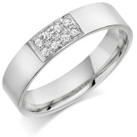 9ct White Gold Gents 5mm Wedding Ring Set with 12pts of Diamonds in a Rectangular Box