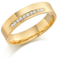18ct Yellow Gold Gents 5mm Wedding Ring with 15pts of Diamonds Channel Set on One Side
