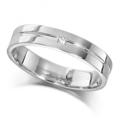 Palladium Ladies 4mm Wedding Ring with Grooved Centre and Set with a Single 2pt Princess Cut Diamond