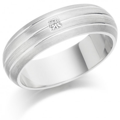 Gents 6mm 9ct White Gold Ring with 3 Parallel Lines and Set with a Single 5pt Princess Cut Diamond