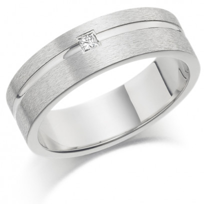 Gents 6mm 9ct White Gold Ring with Shiny Groove and Set with a Single 5pt Princess Cut Diamond