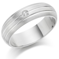 Gents 6mm 18ct White Gold Ring with 3 Parallel Lines and Set with a Single 5pt Round Diamond