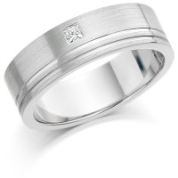 Gents 6mm 18ct White Gold Ring with 2 Shiny Grooves and Set with a Single 5pt Princess Cut Diamond