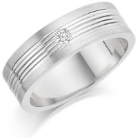 Gents 6mm 18ct White Gold Ring with Narrow Shiny Centre Grooves and Frosted Edges and Set with a Single 5pt Round Diamond