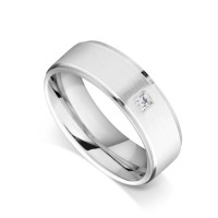 18ct White Gold Gents Flat Court Wedding Ring with a Grooved Edge Set with 0.053ct of Princess Cut Diamond in the Centre