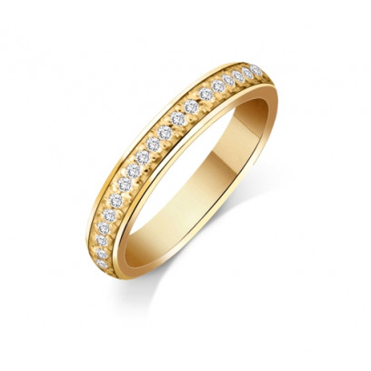 18ct Yellow Gold Ladies 3mm Court Shape Wedding Band Pavé Set with 0.19ct of Diamonds