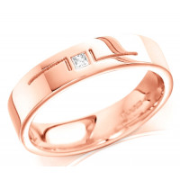 18ct Rose Gold Gents 5mm Wedding Ring with L-Shape Pattern and Set with Single 5pt Princess Cut Diamond