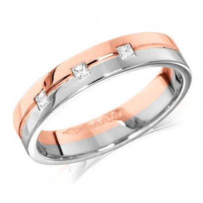 18ct Rose and White Gold Ladies 4mm Wedding Ring with Grooved Centre and Set with 3 Princess Cut Diamonds, Total Weight 7pts